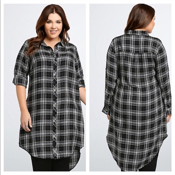 torrid Dresses & Skirts - Torrid Plaid Button Front Shirt Dress in Black